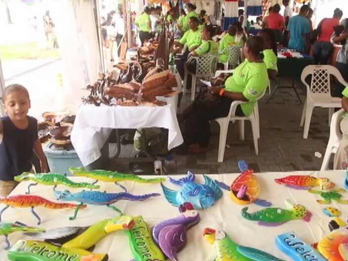 Village Expo Showcases Handicrafts From Around The Country